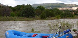 Los Rios River Runners rafting the Rio Chama