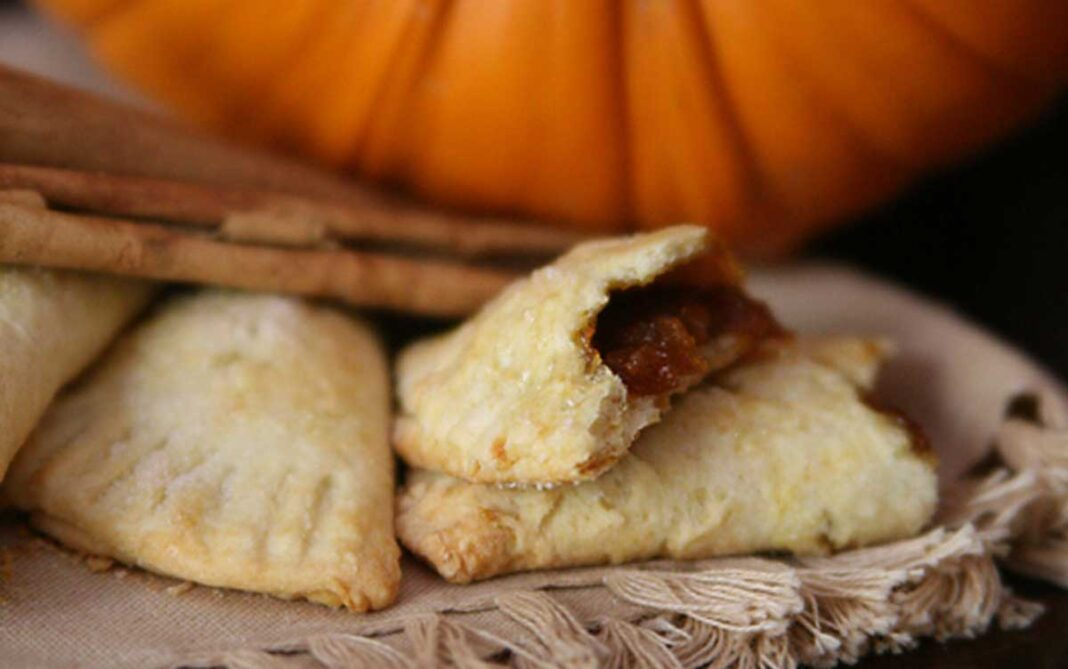 Red chile pumpkin empanada