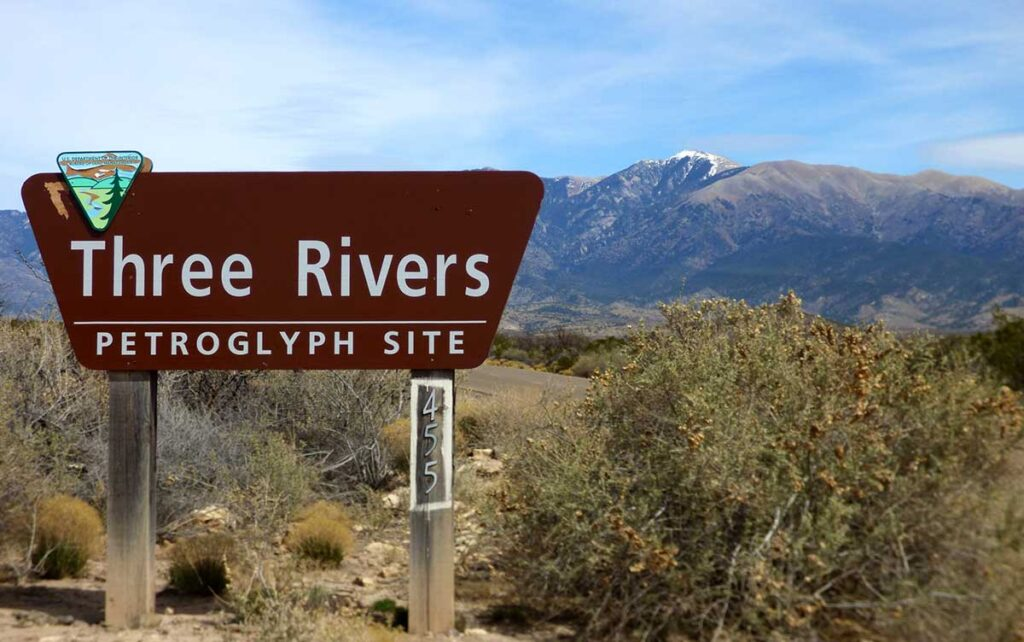 Three Rivers Petroglyphs sign