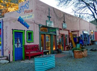 Gypsy Plaza in Madrid, New Mexico