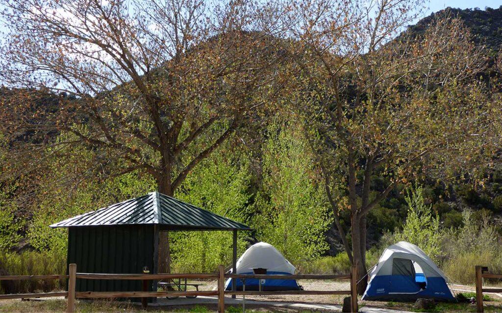 Pilar camping