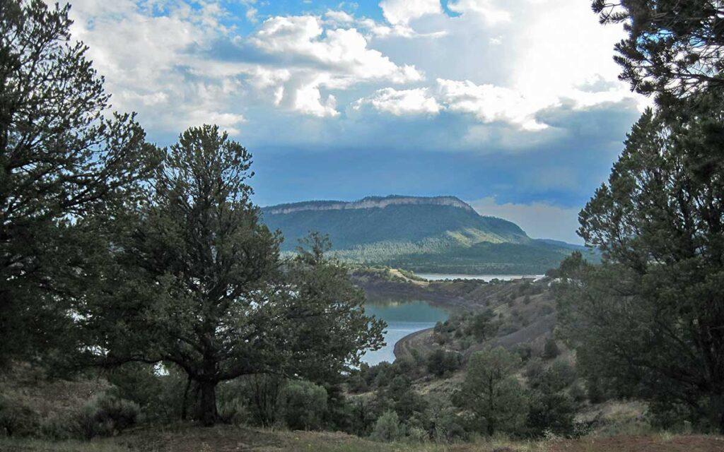 El Vado lake