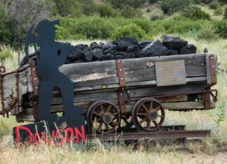 Dawson cemetery miner memorial